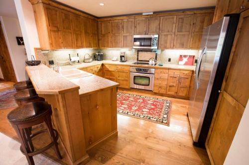 A103-kitchen