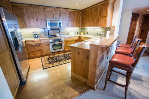 C302-kitchen