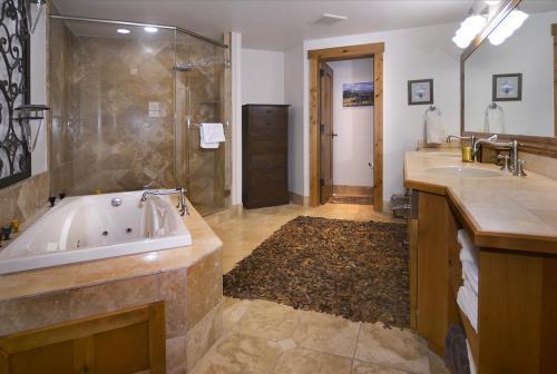 WestWall A101 14 master bath