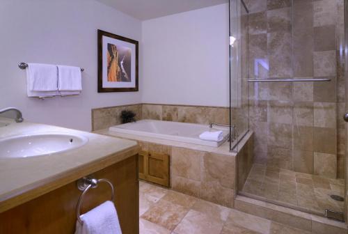 WestWall A203 08 master bath