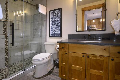 WestWall A205 10 bathroom