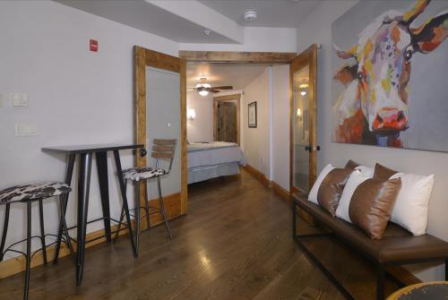 WestWall A205 11 bedroom