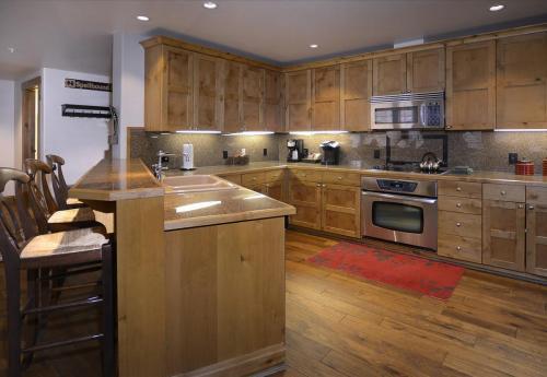 WestWall A302 09 kitchen