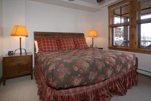 WestWall C204 13 bedroom